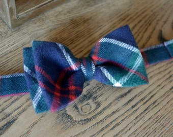 plaid bow tie,navy blue green and red plaid bow tie,bow ties for boys,bow tie with strap for kids, flannel bow tie for kids,fall kids