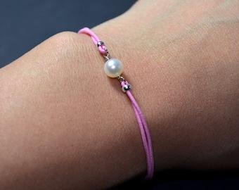 Bracelet freshwater pearl pink cord