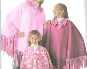 Simplicity Pattern 3981 No Sew PONCHOS for MOTHERS & DAUGHTERS Misses One Size Fits 10-16 Girls' Fits 8-12 Child's Fits 2-4