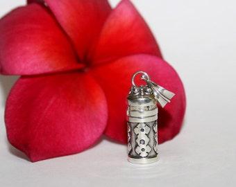 Perfume Bottle, Sterling Silver Perfume Bottle Necklace, Sterling Silver Perfume Oil Bottle, Essential Oil Bottle, Perfume Container