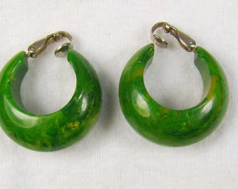 Spectacular Bakelite Green and Yellow Varigated Lever Back Hoop Earrings