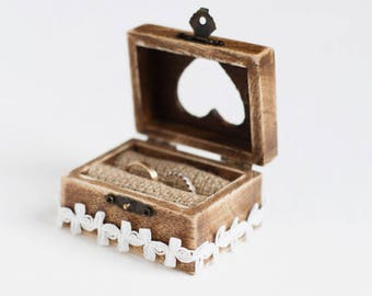Wedding Ring Box, Ring Box Wedding, Wooden Wedding Box, Ring Holder, Ring Bearer Box, Engagement box, Rustic ring bearer box, box with lace