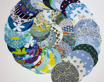 50 Pre Cut Fabric Circles / 4 inch Pre Cut Quilting Circles in Shades of Blue / Vintage Fabric pre cut Yo Yo Circles / Scrap booking circles
