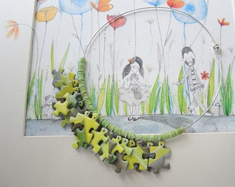 Choker necklace with puzzles and acid green ceramic