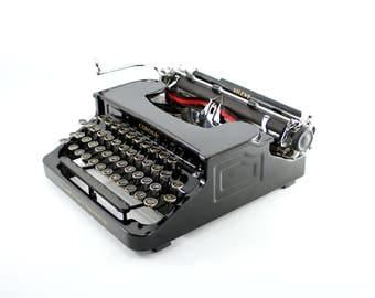 Corona Silent Typewriter - Antique Corona Typewriter - Beautiful FlatTop Corona - Gloss Black - Reconditioned, Working, Gorgeous!