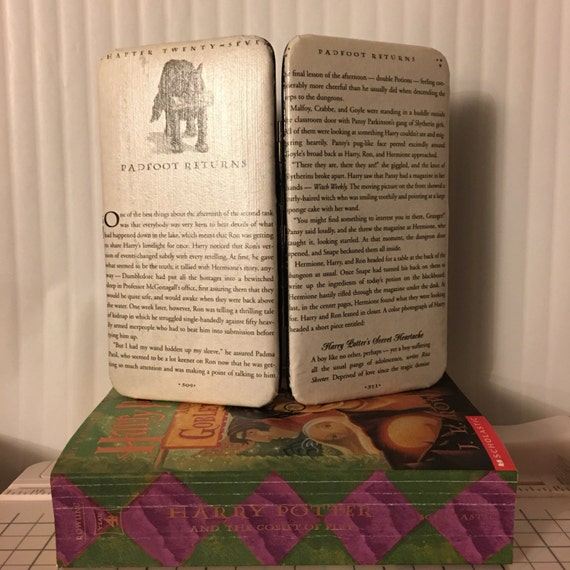 Harry Potter Themed Book Page Wallet - Padfoot Returns