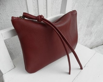 Burgundy Leather Wristlet Clutch/Leather Pouch/Leather Zipper Clutch/READY TO SHIP
