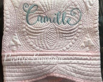 Monogrammed Baby Quilt -- Personalized Baby Quilt -- Cotton Throw Quilt -- Baby Bedding