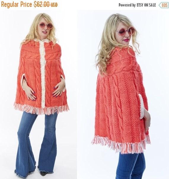 Vtg 70s FRINGE Tassels Knit Poncho Wrap Cocoon CAPE Peaches and Cream Sweater Cardigan BOHO Kitschy Hippie Mod Granny Retro Mod Grunge sofa