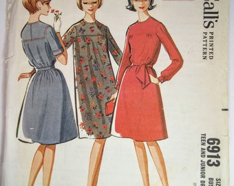 McCall's 6913 Teen Dress Girl's Size 14 Uncut