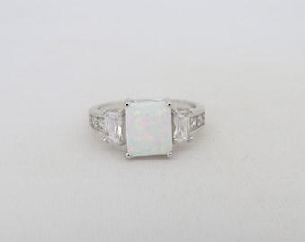 Vintage Sterling Silver White Opal & White Topaz Three stone Ring Size 9