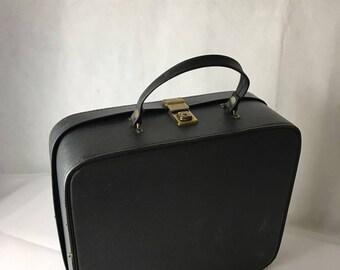 Amazing Leather Travel Vanity Case