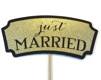 Photo Booth Props - Wedding Photo Booth- Just Married Sign With Glitter