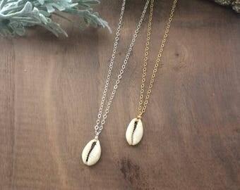 Seashell Necklace // Seashell // Ocean // Necklace // Minimal // Dainty // Layer // Boho Jewelry // Natural // Festival