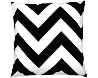 Pillowcase zigzag stripe ZIPPY black-40 x 40 cm - white