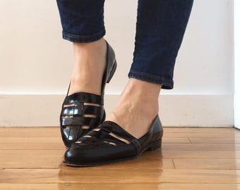 Reserved Vintage 1980s Bandolino Black Patent Leather Pointed Toe Flats with Cut Out Perforated Uppers / Size 7.5 W or 8 with Original Box!!