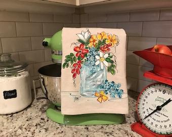 Kitchen Dish Towel, Mason Jar, Spring Flowers, Dasies,  Handtowel,  Decor, Kitchen Decor, Hand-painted, Handmade, No. 402