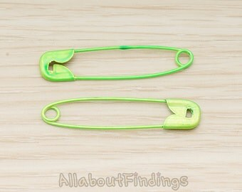 BSC277-02-GR // Green Jewelry Painted Safety Pin, 2 Pc
