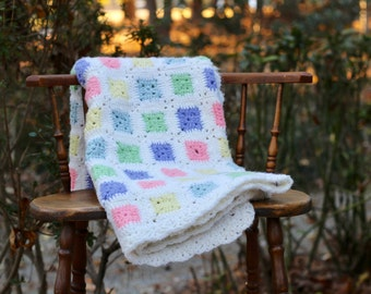 Vintage Pastel Granny Square Baby Afghan / Baby Girl Afghan / Pastel Nursery Afghan / Baby Afghan / Vintage Baby Gift