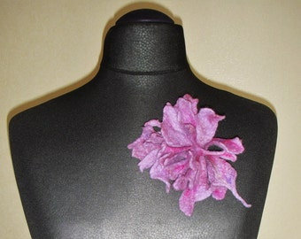 Lilac Flower Brooch   Felted Flower   Felt Flower Brooch   Wet Felting     Wool Accessories
