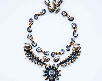 Bindi Lovers- Different style of head piece, Black and Gold