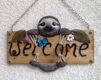 Sloth welcome sign