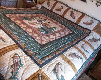 CLEARANCE Sale CABIN in WOODS Queen Sz Quilt 88x87 Never Used  Birds and Fish a' Jumping Maize Color Back Cabin Fishing Hunting