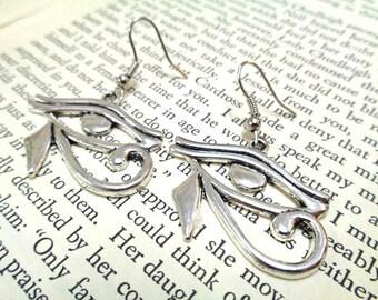 Silver Eye of Horus Earrings, Silver Earrings, Eye Earrings, Simple Earrings, Protection  Earrings, Egyptian Earrings, Eye of Ra Earrings
