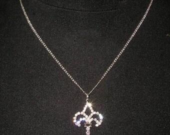 Style # 15475 - Fleur de Lis Key Necklace