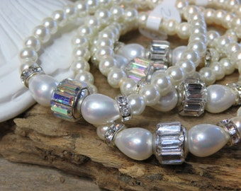 Stacking stretch Pearl bracelet,  Bagette Crystal and Pearl Bridal/wedding/ bridesmaid
