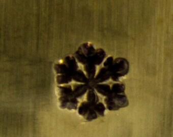 IMPRESSART DESIGN STAMP - snow flake small 3mm (PN6408)