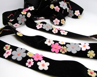 1 Inch Pink Felt Flower with Yarn Embroidery on Black Velvet Ribbon|Sewing|Quilting|Craft Supplies|Hair Accessories|Necklace DIY|Costumes