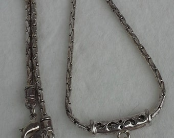 Silver handmade filigree square pendant necklace