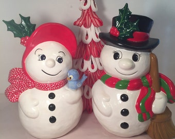 Frosty and Felicia snow couple. Vintage!