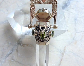 Sumptuous Clear Rock Crystal Medaillon Pendant with 4 Faceted Peridots Sterling Silver