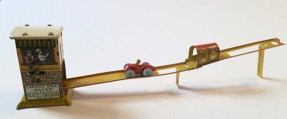 Capitol Hill Racer Tin Wind-up Toy