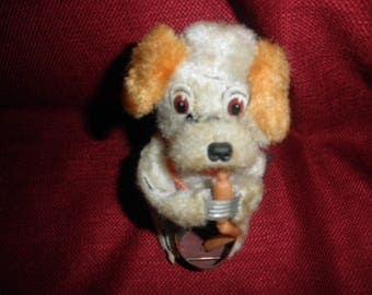 Wind up Doggie Titled Dog Food on Can Works