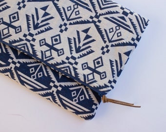 Foldover Zipper Clutch (blue geometric print) | purse bag laptop tablet case