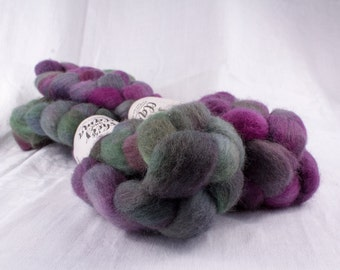 Corriedale Cross Wool Top Roving Spinning Fiber Small-batch Hand-dyed Three Tuns