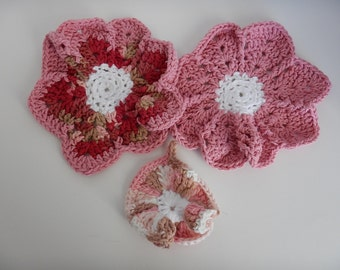 Dish/Wash Cloths - Set of 3 - Rainbow Pinks! - 100% Cotton - Hand Crocheted - Flowers - Kitchen Gear - Bathroom - Camping - Dishcloth