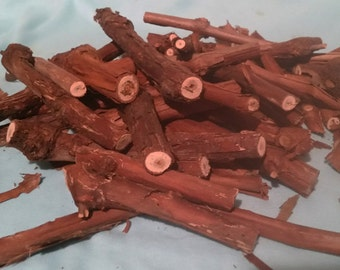 Grapevine SCRAPS Vine Cut-offs 2 Lbs. Loose Bark Off Clean Vitis Bunny Treats Pet Chews BBQ Grilling Meat Smoking Fairy House, Crafting
