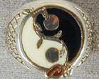 Ying Yang Vine Ring