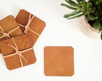 Leather coaster set // Handmade vegetable tanned organic leather coasters