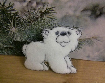 Wholesale Lot   20pc  white Polar Bear   embroidered iron on patch  about 3.5cm