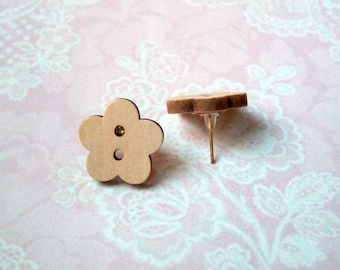 Wood button earrings flower nature