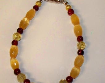 """Faceted Yellow Cat's Eye Bracelet with Red Glass Beads, Yellow Faceted Crystal rounds - Magnetic Clasp - 7"""""""