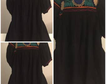 Mexican embroiled blouse black