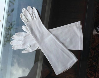 Long White Vintage Gloves