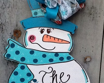 Frosty door hanger, snowman door hanger, snowman sign, snowman door sign, holiday door hanger, winter door hanger, winter sign,
