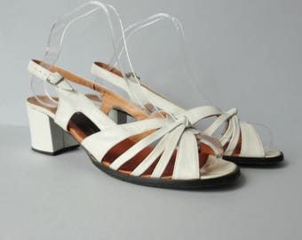 White 70s Vintage Shoes // Eocca Sandals // Slingback //  Leather // Size 41